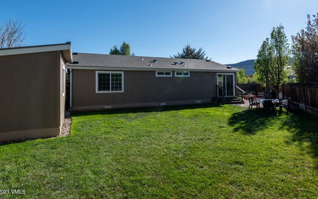 110 Evergreen Place - photo 15