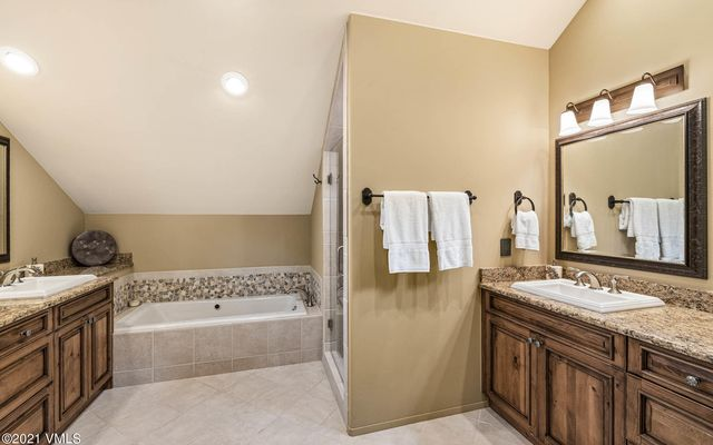 1418 Vail Valley Drive W - photo 41