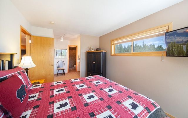 Lake Forest Condominiums 301a - photo 11