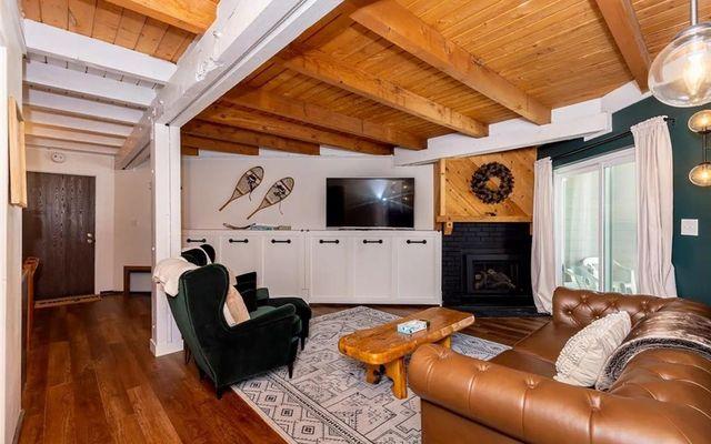 Treehouse Condo 107 - photo 1