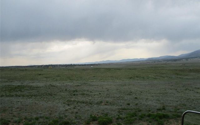 5685 Clear Creek Road - photo 2