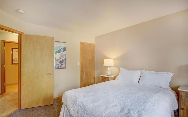 Village Point Townhomes At Breck 302 - photo 13