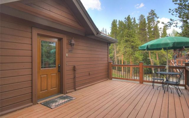 Village Point Townhomes At Breck 302 - photo 5
