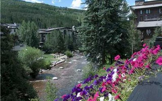 242 Meadow Drive 301-7 Vail, CO 81658