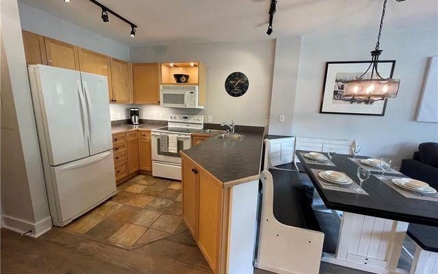 Silver Mill Condominiums 8250 - photo 10