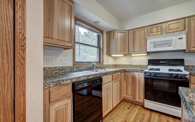 452 Willowbrook Road - photo 2