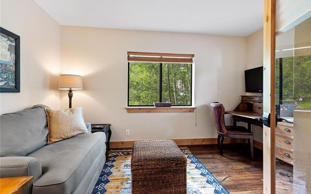 Village Point Townhomes At Breck 105 - photo 12