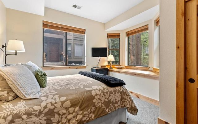 Village Point Townhomes At Breck 105 - photo 14