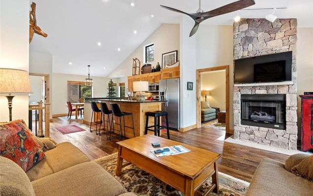 Village Point Townhomes At Breck 105 - photo 5