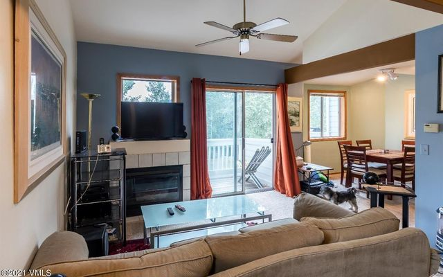 Snowberry Townhome 4 - photo 2