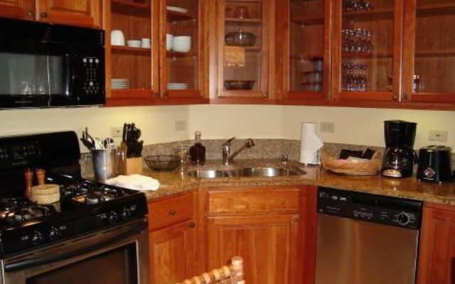 Valdoro Mountain Lodge Condo 405  - photo 7
