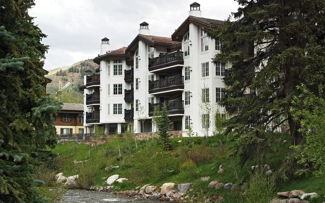 242 Meadow Drive 400-9 Vail, CO 81657