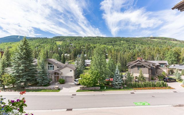 121 Meadow Drive #202 Vail, CO 81657