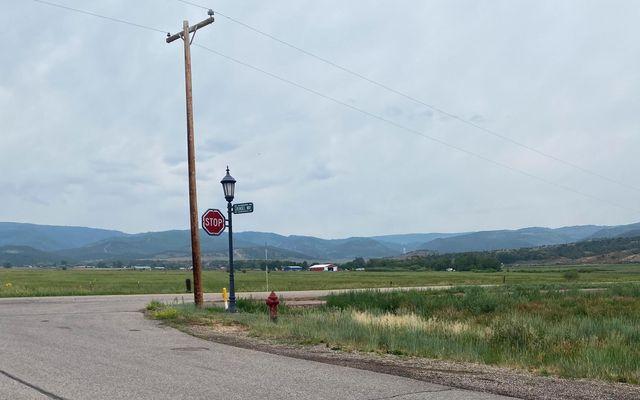 960 Grundel Way - photo 1