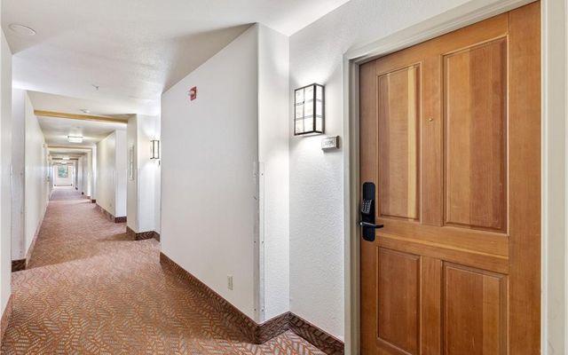 Gateway Condo 5076 - photo 15