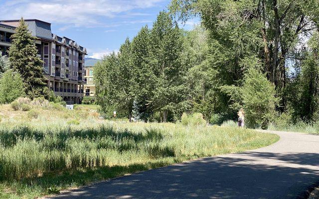River Pines Condo b304 - photo 35