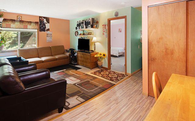 Benchmark Condominiums 22 - photo 2