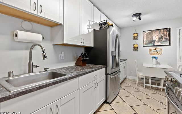 Liftview/Sunridge Condos 1 d212 - photo 4