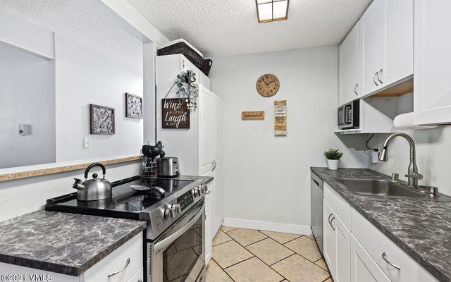 Liftview/Sunridge Condos 1 d212 - photo 6