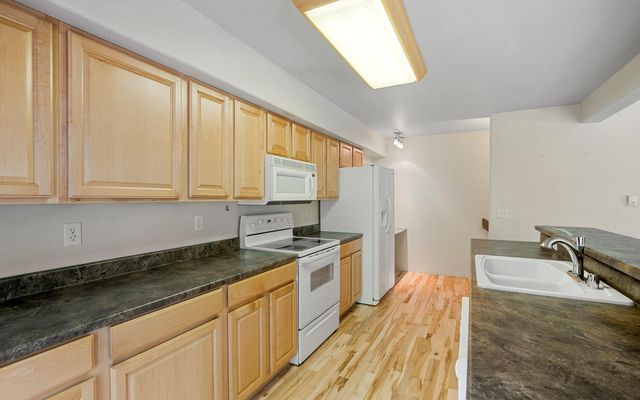 Provost Townhomes A - photo 2
