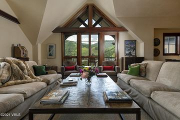 141 Meadow Drive PENTHOUSE F EAS Vail, CO