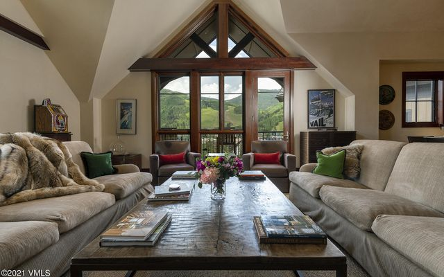 141 Meadow Drive PENTHOUSE F EAS Vail, CO 81657