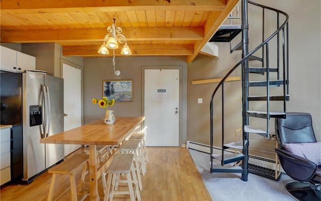 Treehouse Condo 303 - photo 2
