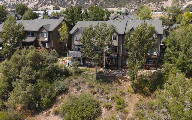 Red Canyon Townhomes  - photo 38
