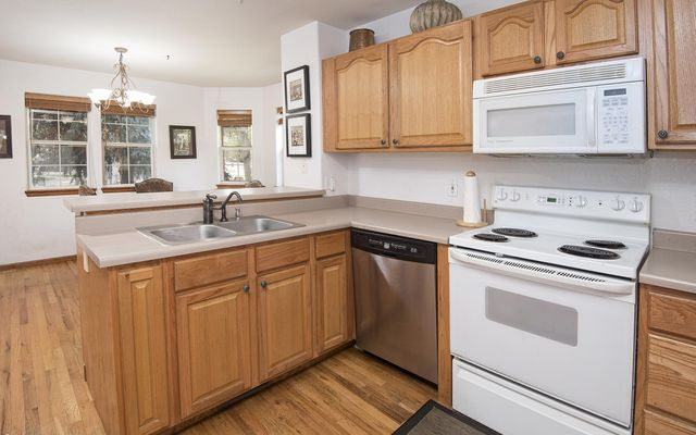 Red Canyon Townhomes  - photo 4