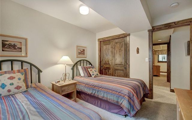 Village Point Townhomes At Breck 202 - photo 27