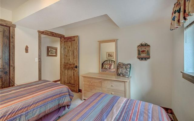 Village Point Townhomes At Breck 202 - photo 28