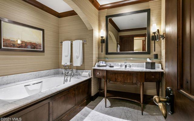Ritz Residential Suites hs325 - photo 11