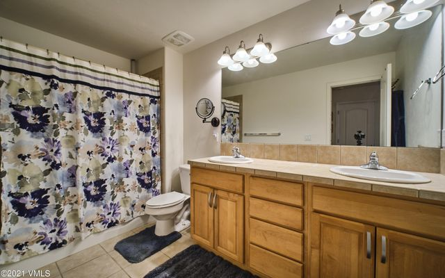 The Bluffs Townhomes m2 - photo 4