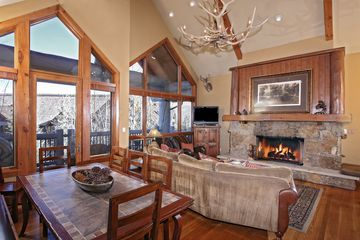 205 Bear Paw # B302 Avon, CO