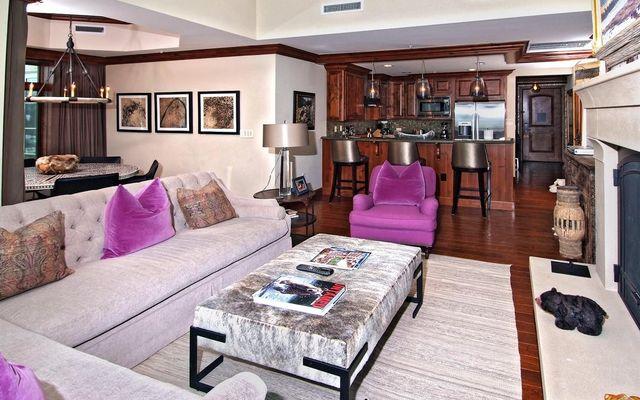 Ritz-Carlton Residences # R-508 - photo 3