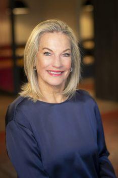 Liz Leeds - Slifer Smith & Frampton Real Estate Agent