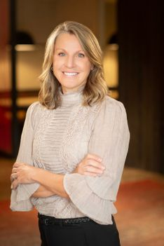 Tina Vardaman - Slifer Smith & Frampton Real Estate Agent